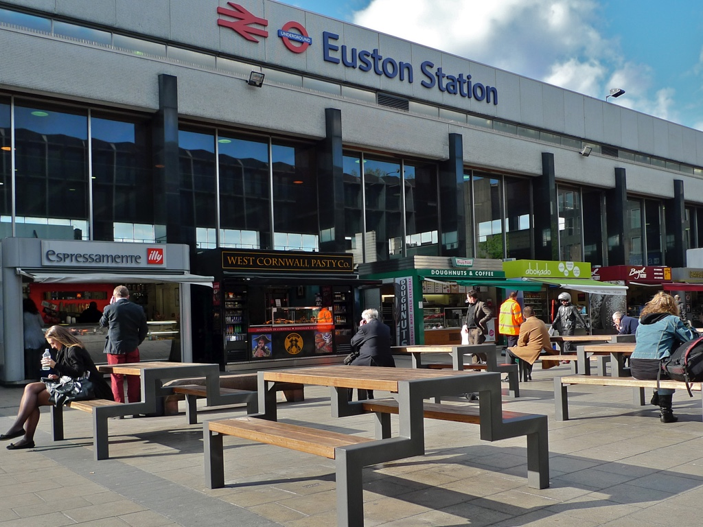 & Stasher - Insured Luggage Storage In London